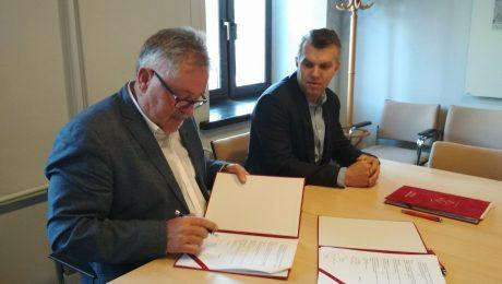 Podpisanie umowy na budowę świetlicy w Łąkach