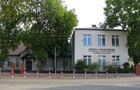Szkoła w Izdebnie Kośielnym