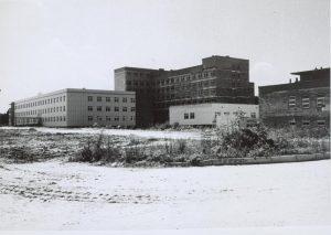Czarno białe zdjęcie szpitala w Grodzisku